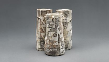 The Chaco Canyon chocolate-drinking jars have a distinct shape, with connections to similarly shaped Mayan vessels. After testing distinguishable jar fragments from an excavated trash pile in in the canyon, archaeologists determined all of the drinking jars were used to consume cacao. (A336494, A336499, A336493, James Di Loreto, Smithsonian)