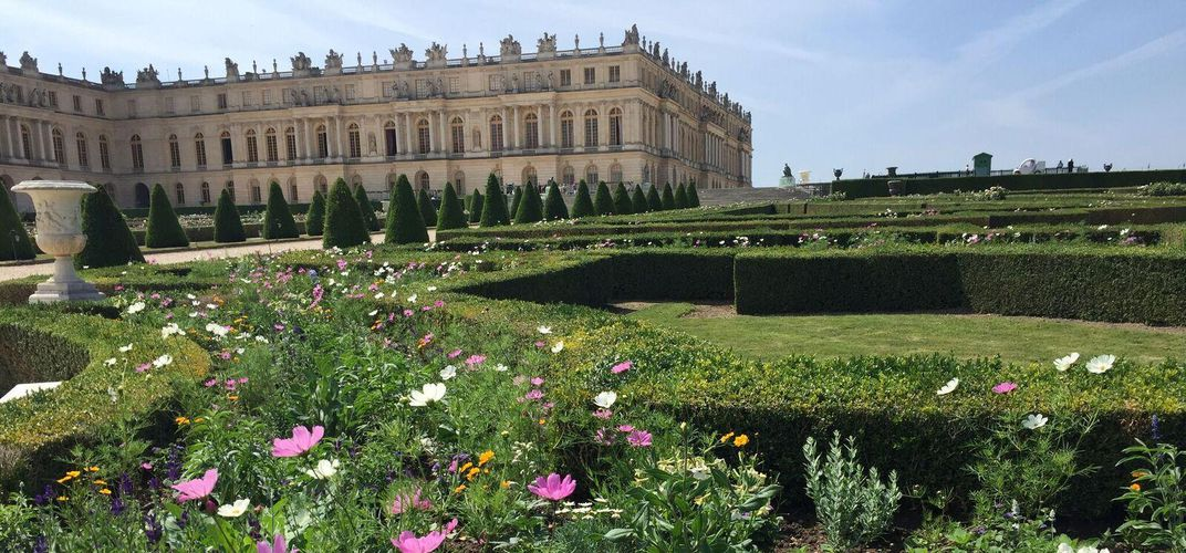Versailles Garden and Chateau Exterior