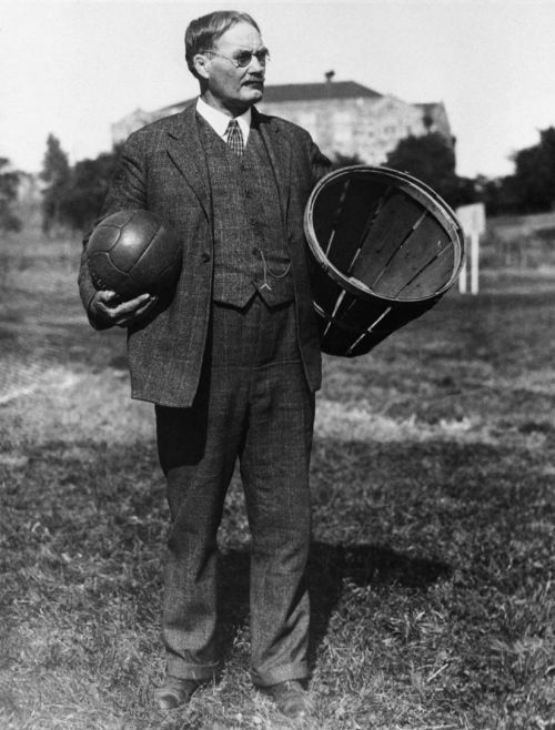 Dr._James_Naismith.jpg