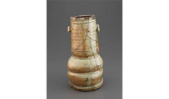 Flower Vase With Two Lugs, Momoyama period, early 17th century