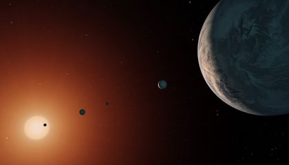 Ocean Worlds in the Trappist-1 System
