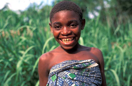 Pygmy Girl With Front Teeth Shaped By A Machete To Make Her Look More Beautiful Paul Raffaele
