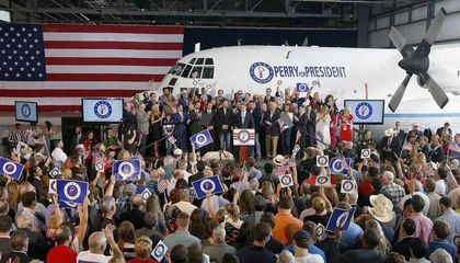 Guess Which Presidential Candidate Used to Fly C-130s