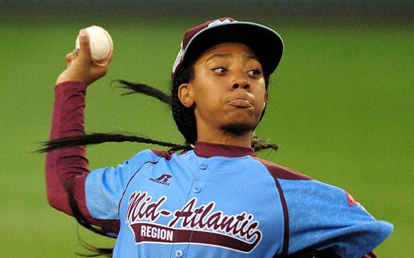 Little League superstar Mo'ne Davis writing a book!