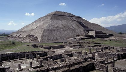 Mexico's Pyramid of the Sun Is Slowly Turning Into a Pile of Dust