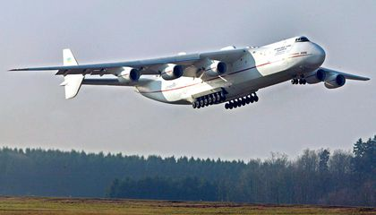 The World's Largest Aircraft Might Lose its Title to a Blimp
