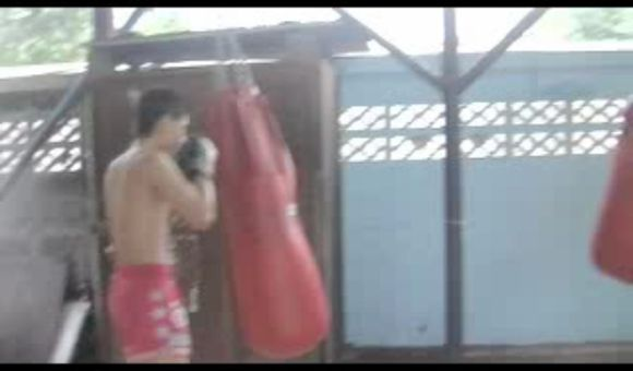 Preview thumbnail for video'Muay Thai Warmup