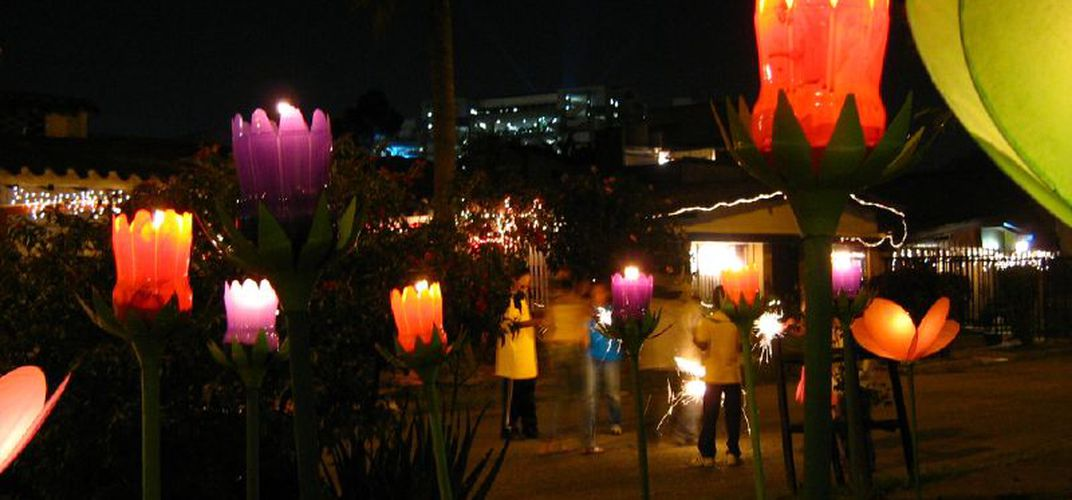 Caption: Colombia Begins the Christmas Season With These Beautiful Light Displays