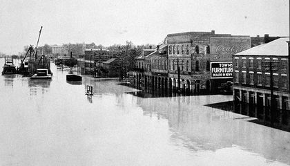 The Great Mississippi Flood of 1927 Laid Bare the Divide Between the North and the South