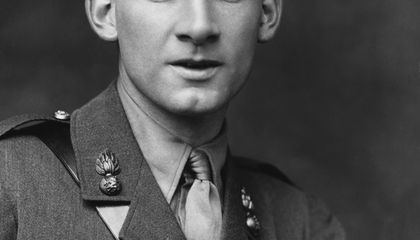 These Diaries, of Poet Siegfried Sassoon, Capture the Chaos of WWI