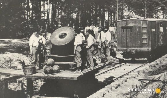 Preview thumbnail for video'How Germans turned trains into massive artillery in World War II