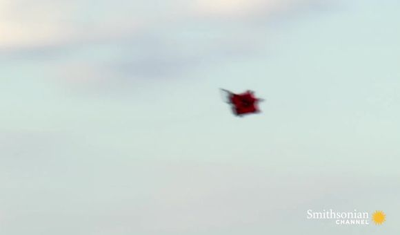 Preview thumbnail for video'Unexpected Flying Machines