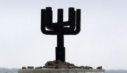 The WWII Massacres at Drobitsky Yar Were the Result of Years of Scapegoating Jews