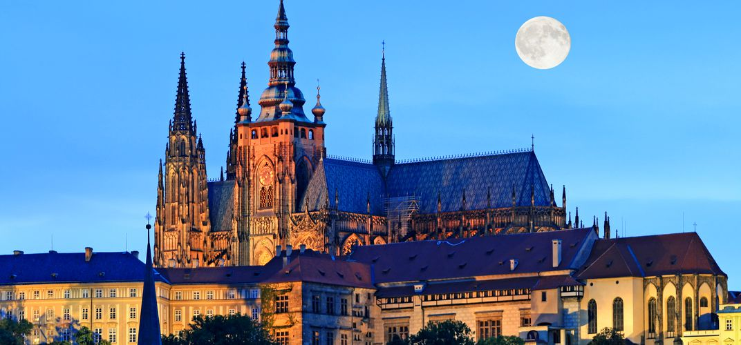 Vista of St. Vitus Cathedral at night