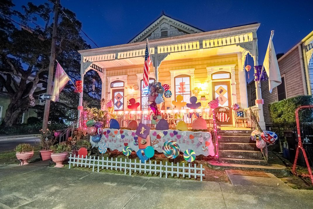 """A New Orleans """"house float"""" decorated for Mardi Gras"""