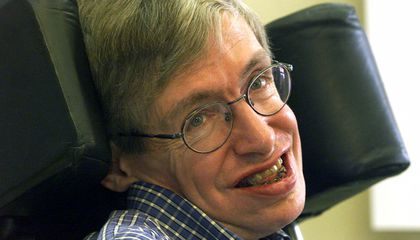 Stephen Hawking, the Expansive Cosmologist Who Shone Light on the Universe, Has Died at 76