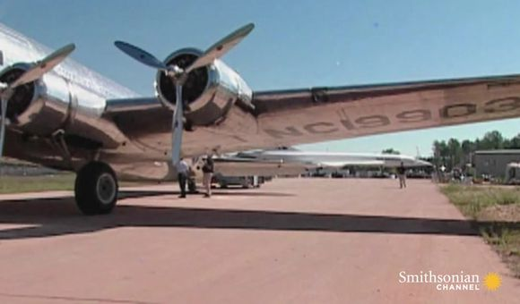 Preview thumbnail for video'Building the Udvar-Hazy Center