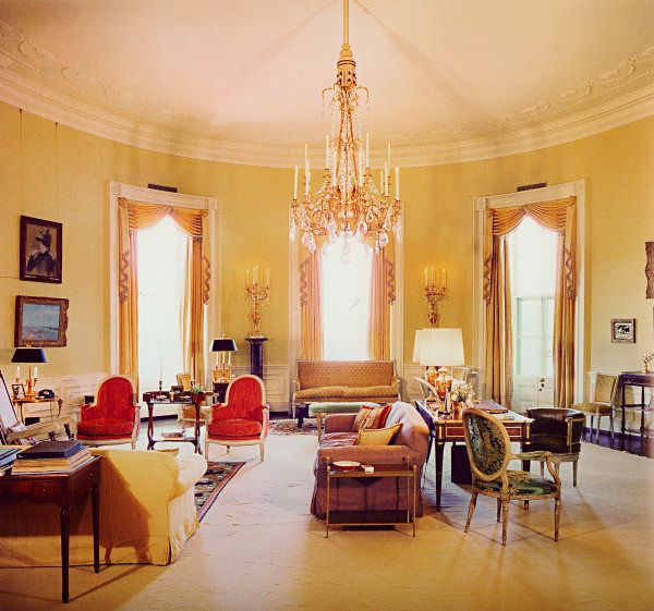 How a Groundbreaking Interior Designer Helped Jackie O Change the