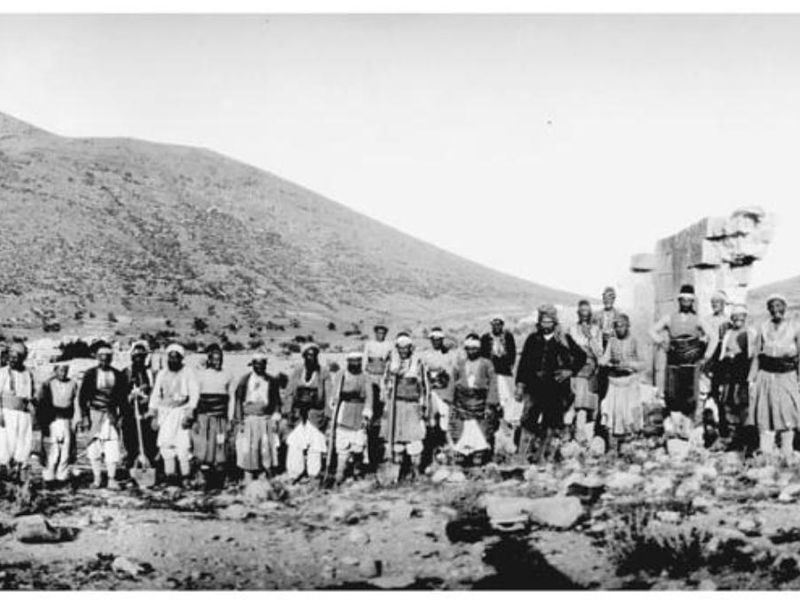 Gertrude Bell's workers at the excavations of the Byzantine settlement of Madenşehir, Binbirkilise, Turkey 1907