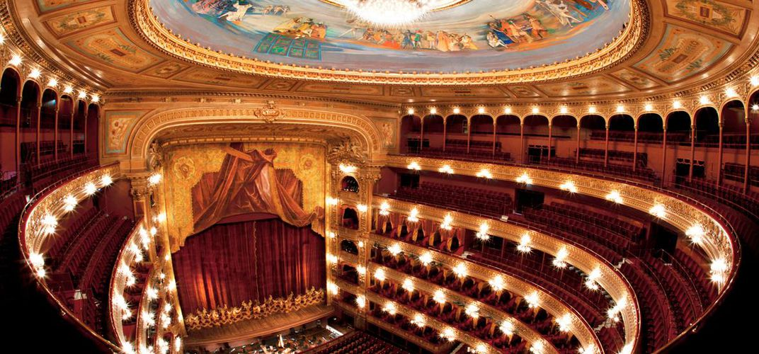 Inside the stunning Teatro Colón opera house in Buenos Aires. Credit: Aldo Sessa