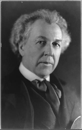 Portrait of Frank Lloyd Wright taken on March 1, 1926. (Library of Congress)