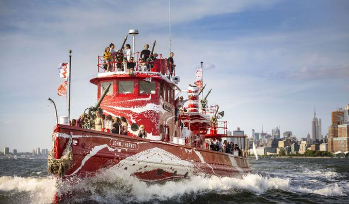 NYC Fireboat Rebranded in Dazzle Camo