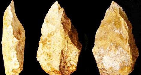 These 125,000-year-old stone tools were found in the United Arab Emirates.