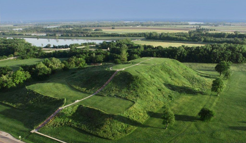 Monks Mound, the largest earthen structure at Cahokia.