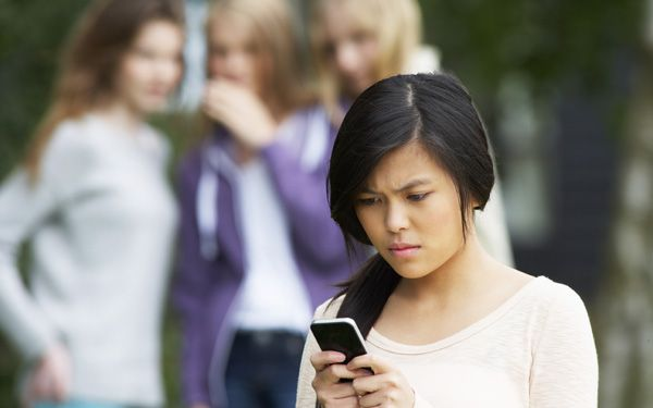 Students stand up, rally against cyberbullying