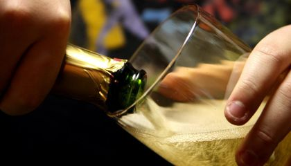 The Physics of Champagne Bubbles Could Help Power the Future