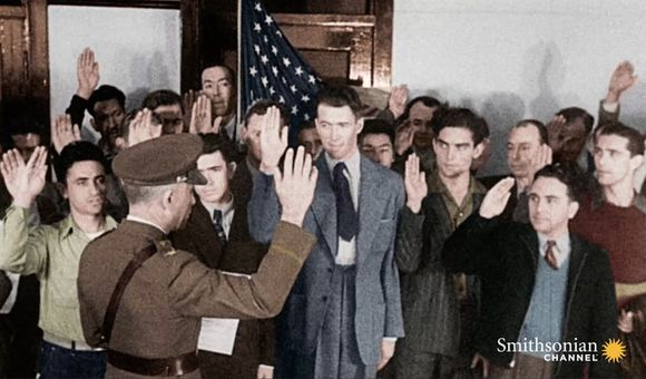 Preview thumbnail for video'How Hollywood Encouraged Recruitment for WWII