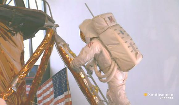 Preview thumbnail for video'Can a Spacesuit Be
