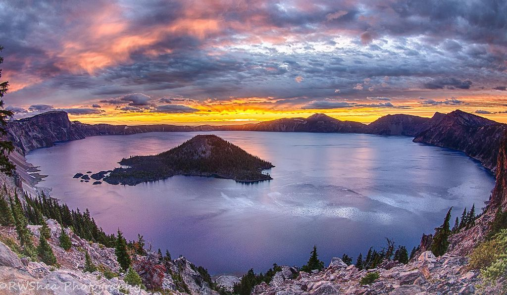 Sunrise at Crater Lake in Oregon.