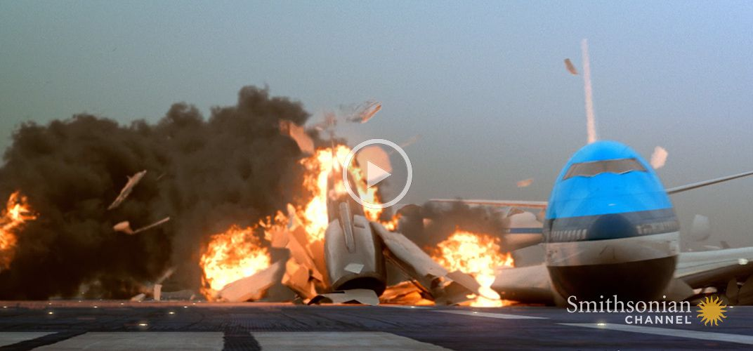 Caption: This 1977 Plane Crash Occurred Right on the Runway