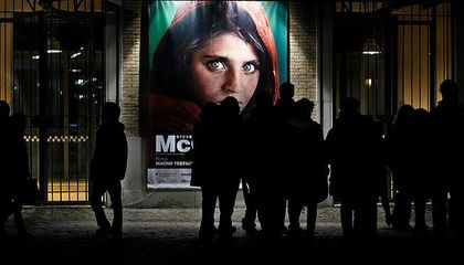 """National Geographic's Iconic """"Afghan Girl"""" Arrested in Pakistan"""