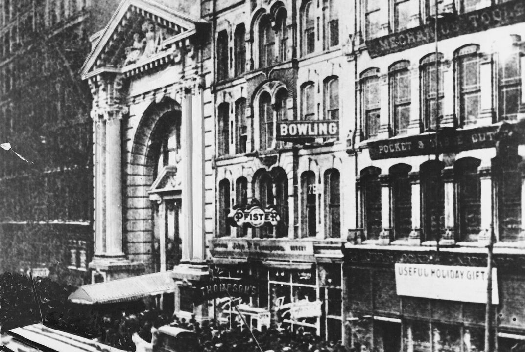 The iroquois theater disaster killed hundreds and changed for Second story theater