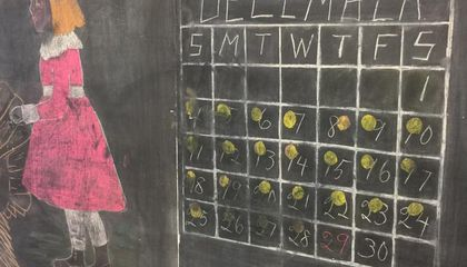 100-Year-Old Chalkboards, With Drawings Still Intact, Discovered in Oklahoma School