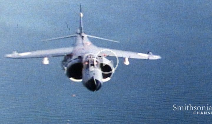 Footage of an Aerial Battle During Falklands War
