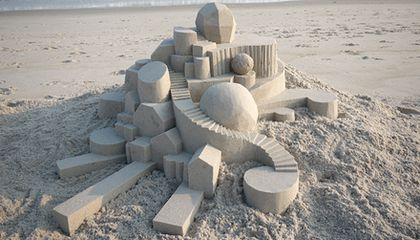 Amazing Modernist Sandcastles Sculpted by Calvin Seibert