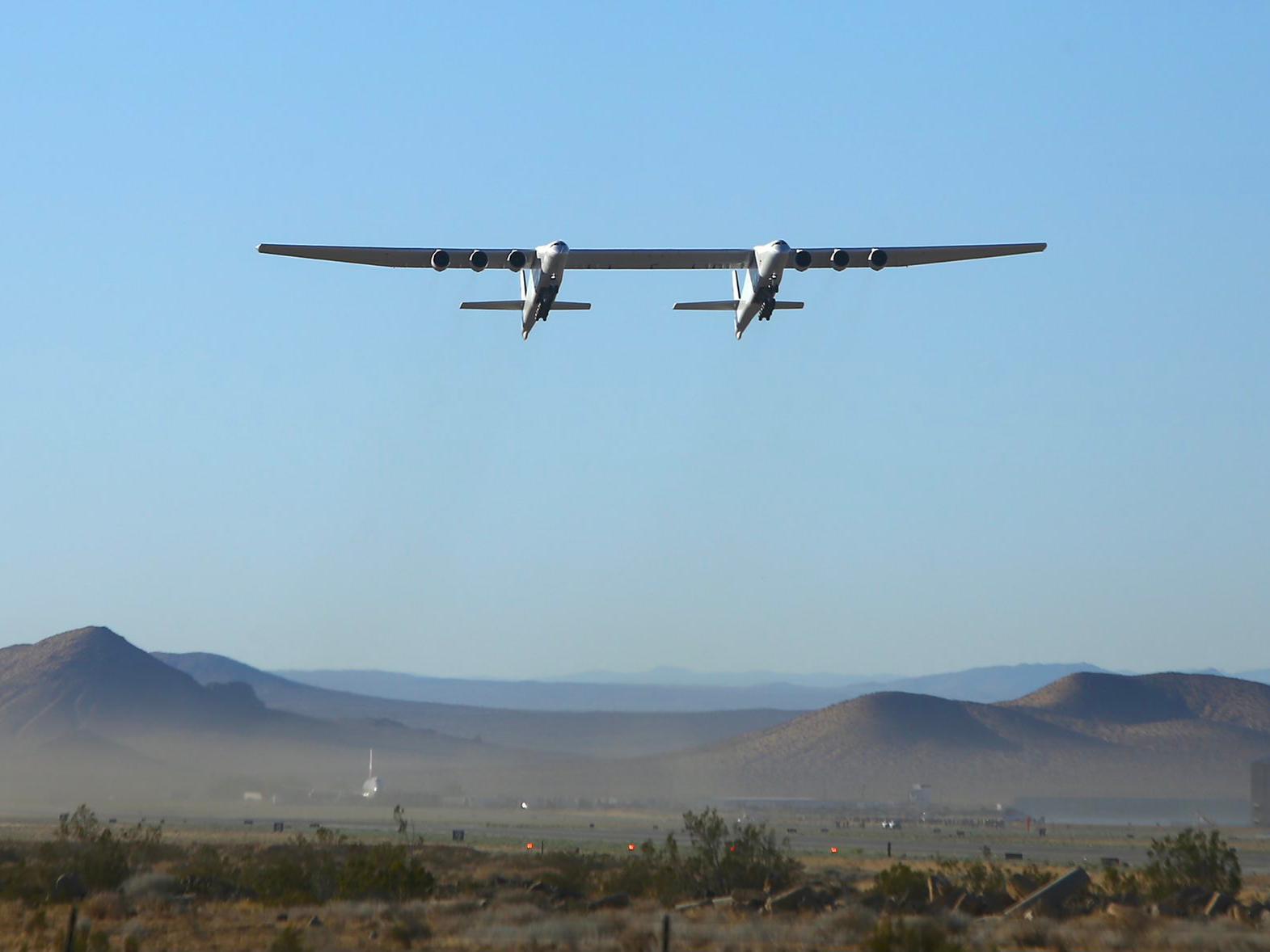 World's Widest Airplane Completes Successful Second Test Flight