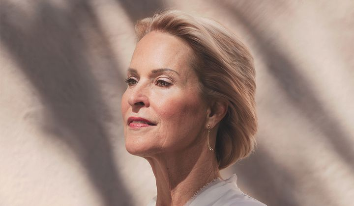 """Frances Arnold by Katy Grannan. A commission of the National Portrait Gallery. Credit: """"Frances Arnold"""" by Katy Grannan, pigment print, 2018.  National Portrait Gallery, Smithsonian Institution. © Katy Grannan."""