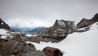 Let These Photos Take You to Alaska's Abandoned Mining Towns