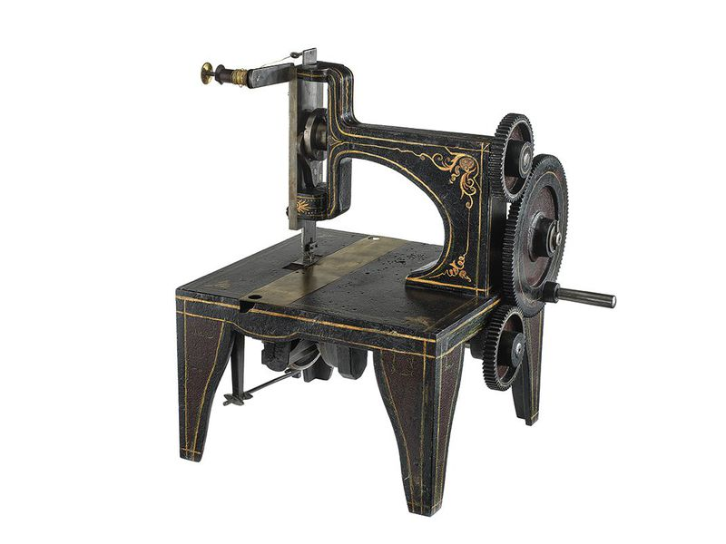 How Singer Won The Sewing Machine War At The Smithsonian Smithsonian Enchanting Old Sewing Machines Brands