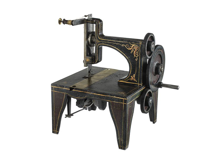 How Singer Won The Sewing Machine War At The Smithsonian Smithsonian Cool Who Invented The Sewing Machine In The Industrial Revolution