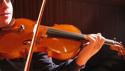 Violinists Can't Tell the Difference Between Old and New Instruments