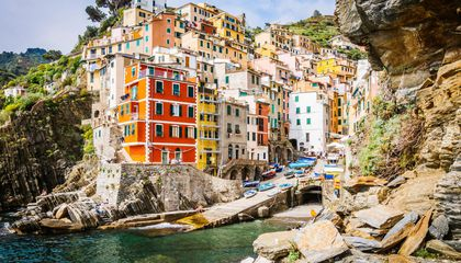 Italy to Limit Tourists to Cinque Terre
