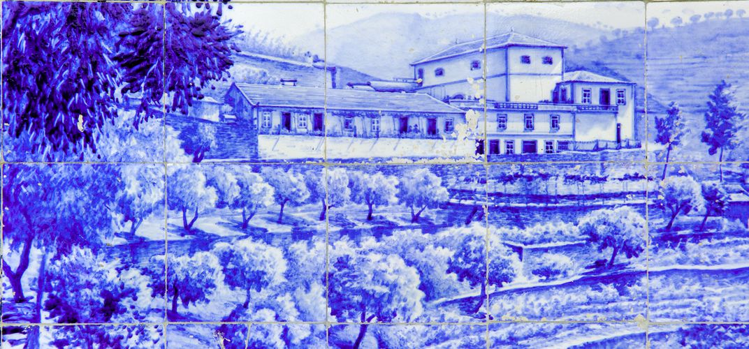 Typical <i>azulejo</i> or traditional decorative tiles, Pinhao
