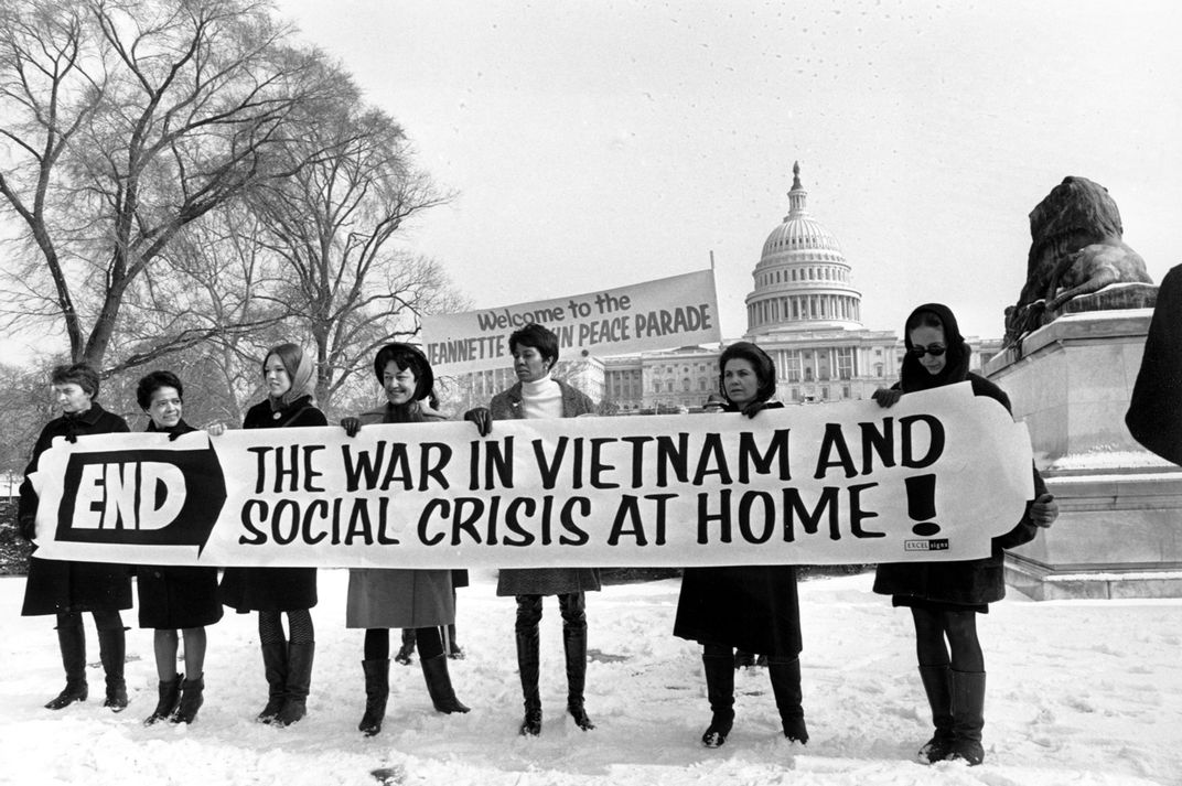 A Timeline of 1968: The Year That Shattered America | History | Smithsonian Magazine