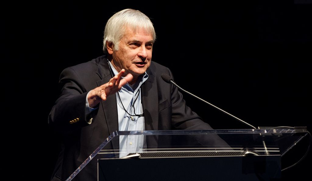 Seth Shostak, director of SETI, spoke about the search for extraterrestrial life.