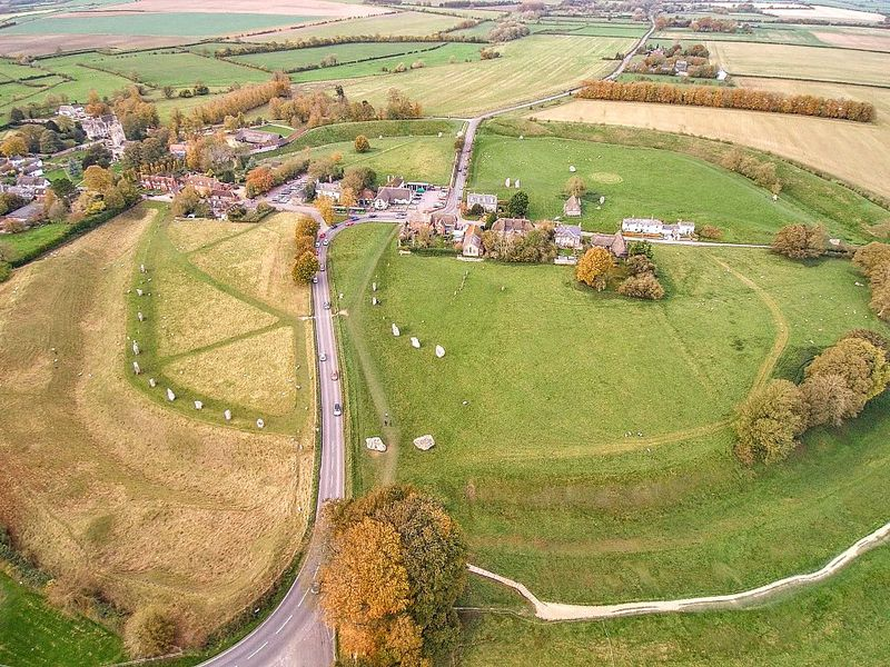Stone Circles at Avebury May Have Surrounded House for Neolithic 'One Percent'